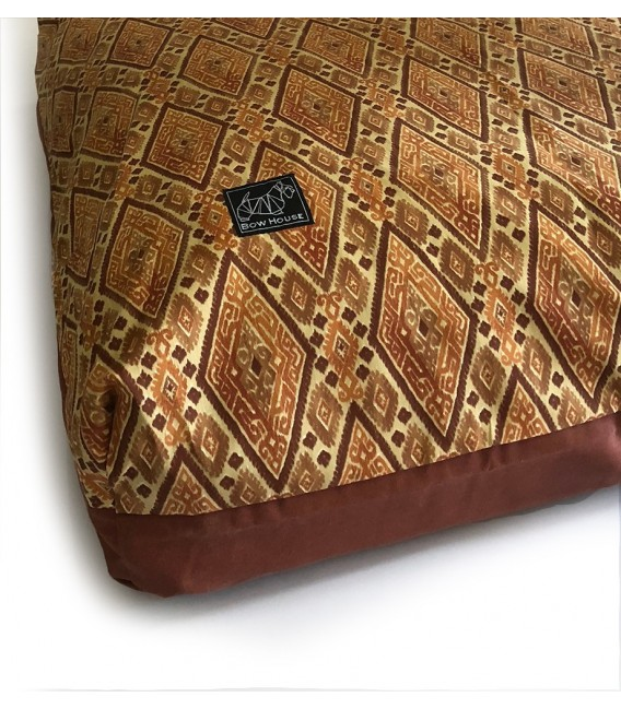 Bow House Muttress Persian Pet Bed